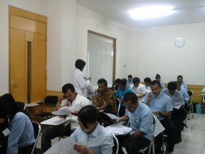 Ujian Tulis UKOM Asisten Refleksolog TUK Binawan, 20 Desember 2014
